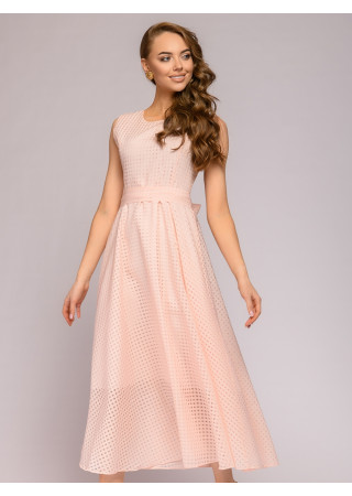 Платье фактурное персикового цвета длины макси без рукавов