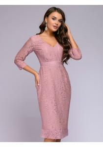 Платье цвета пыльной розы кружевное длины миди с глубоким вырезом