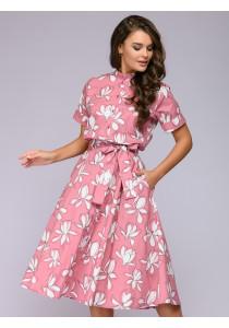Платье розовое длины миди с цветочным принтом и короткими рукавами