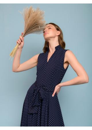 Платье синее в горошек длины миди без рукавов c V-образным вырезом