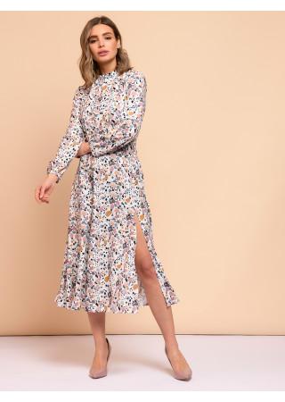 Платье длины миди белое с абстрактным принтом и разрезом