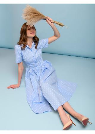 Платье длины миди голубое в горошек с отложным воротником