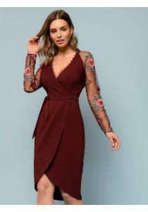 Платье бордовое с запахом и рукавами из сетки