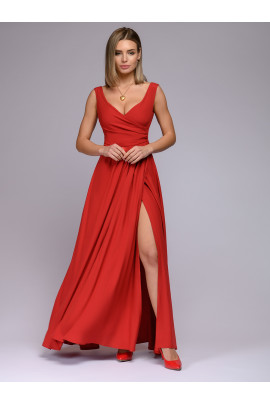 Платье красное длины макси с разрезом на юбке